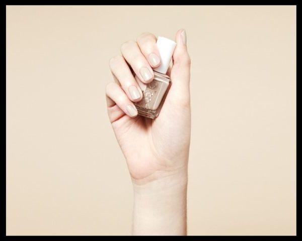 nyudoviy manicur, manicur nyud, nude manicure, bezheviy manicur, delovoy manicur, nezhniy manicur, svetliy manicur, svadebniy manicur, manicur v shkolu