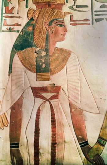istoriya brovey, kak menyalis brovi, forma brovey, brovi v grevnem egipte, brovi v drevnie vremena, uhod za brovyami, kak menyalas forma brovey, brovi nitochki, gustie brovi, brovi v kino, brovi v srednevekovye